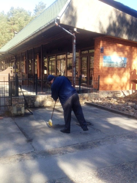 Local restaurant NEPTŪNS territory clean-up